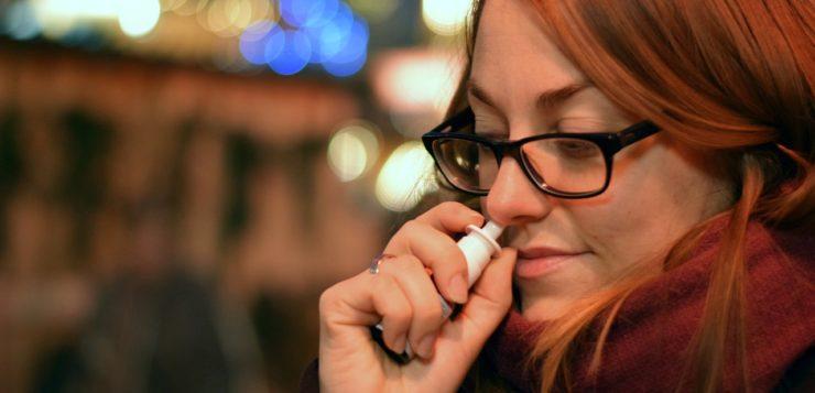 COVID-19 : vacciner avec un pulvérisateur nasal ?