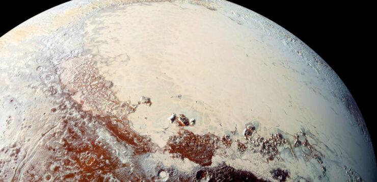 Pluton, à 8 milliards de kilomètres du soleil