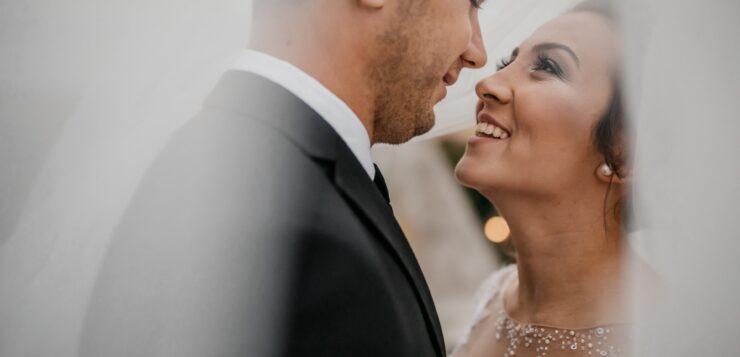 L'âge moyen du mariage se rapproche de la quarantaine